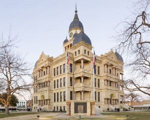 Denton-County-Courthouse-01020W.jpg
