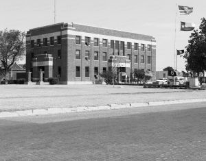 Garza-County-Courthouse-01012W.jpg