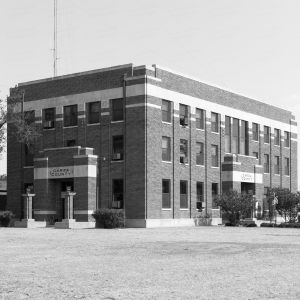 Garza-County-Courthouse-01014W.jpg
