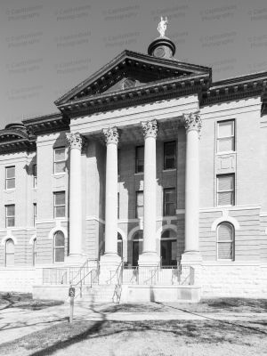 Hays-County-Courthouse-01008W.jpg