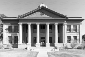 Jeff-Davis-County-Courthouse-01010W.jpg