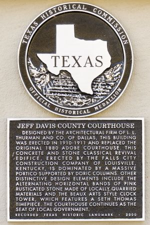 Jeff-Davis-County-Courthouse-01021W.jpg