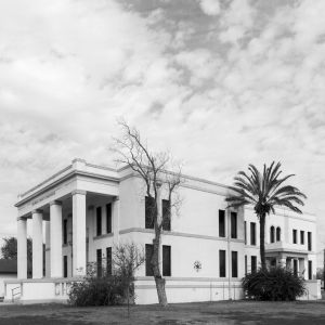 Jim-Hogg-County-Courthouse-01002W.jpg