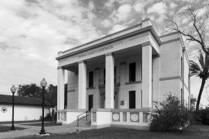 Jim-Hogg-County-Courthouse-01005W.jpg
