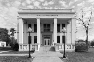 Jim-Hogg-County-Courthouse-01007W.jpg