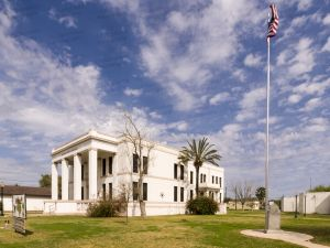 Jim-Hogg-County-Courthouse-01011W.jpg