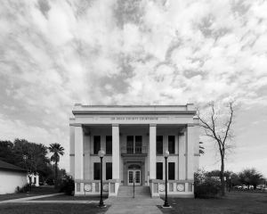 Jim-Hogg-County-Courthouse-01014W.jpg