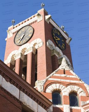 Lee-County-Courthouse-02011W.jpg