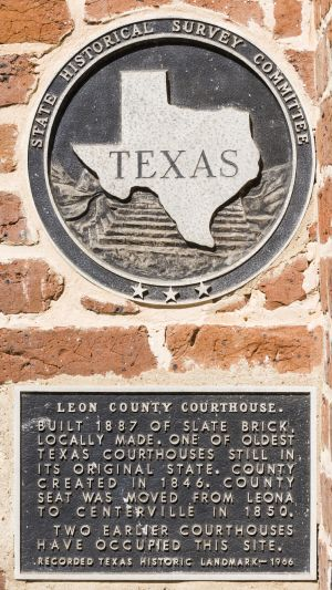 Leon-County-Courthouse-01009W.jpg