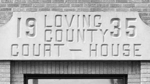 Loving-County-Courthouse-01020W.jpg