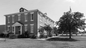McMullen-County-Courthouse-01305W.jpg