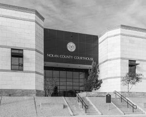 Nolan-County-Courthouse-01302W.jpg