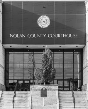Nolan-County-Courthouse-01309W.jpg