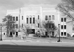Ochiltree-County-Courthouse-01017W.jpg