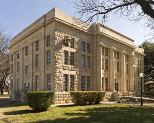 Schleicher-County-Courthouse-01003W.jpg