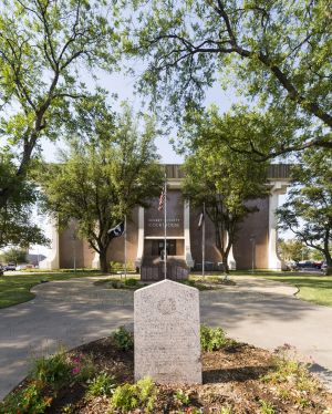 Scurry-County-Courthouse-01010W.jpg