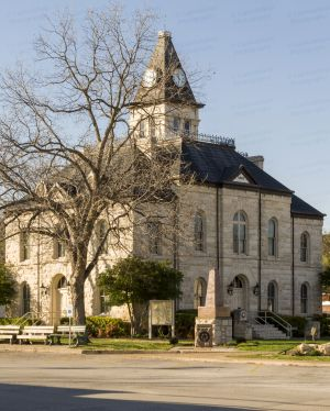 Somervell-County-Courthouse-01003W.jpg