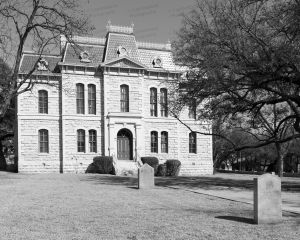 Sutton-County-Courthouse-01014W.jpg
