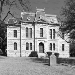 Sutton-County-Courthouse-01015W.jpg