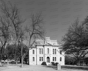 Sutton-County-Courthouse-01021W.jpg