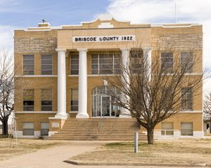 Briscoe-County-Courthouse-01012W.jpg