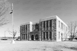 Dickens-County-Courthouse-01005W.jpg
