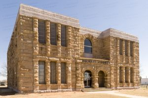 Dickens-County-Courthouse-01007W.jpg