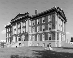 Mills-County-Courthouse-01006W.jpg