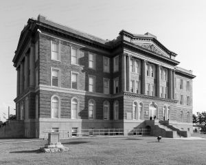 Mills-County-Courthouse-01012W.jpg