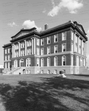 Mills-County-Courthouse-01014W.jpg