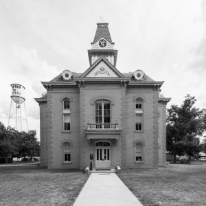 Newton-County-Courthouse-02010W.jpg