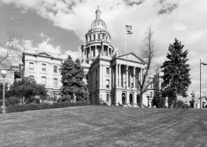 Colorado-State-Capitol-01010W.jpg