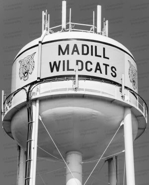 Madill-Water-Tower-01004W.jpg