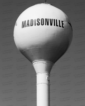 Madisonville-Water-Tower-01004W.jpg