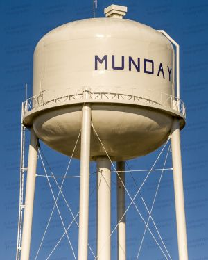 Munday-Water-Tower-01002W.jpg
