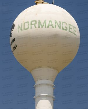 Normangee-Water-Tower-01002W.jpg