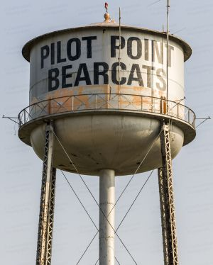 Pilot-Point-Water-Tower-01002W.jpg