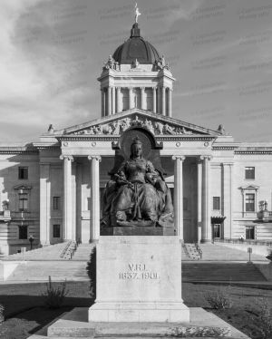 Manitoba-Legislative-Building-01008W.jpg