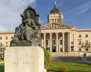 Manitoba-Legislative-Building-01010W.jpg