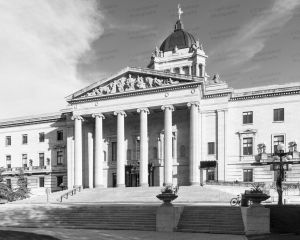 Manitoba-Legislative-Building-01011W.jpg
