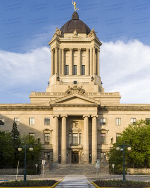 Manitoba-Legislative-Building-01016W.jpg
