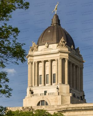 Manitoba-Legislative-Building-01020W.jpg