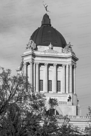 Manitoba-Legislative-Building-01022W.jpg