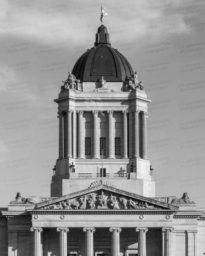Manitoba-Legislative-Building-01024W.jpg
