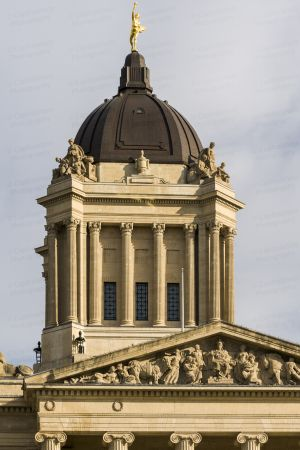 Manitoba-Legislative-Building-01025W.jpg