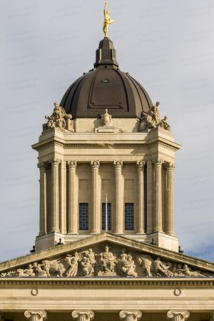 Manitoba-Legislative-Building-01026W.jpg