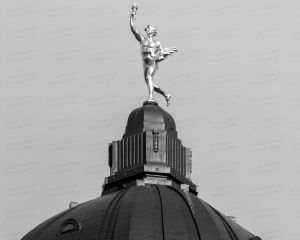 Manitoba-Legislative-Building-01034W.jpg