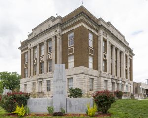 Bourbon-County-Courthouse-02006W.jpg