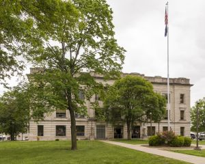 Crawford-County-Courthouse-01005W.jpg