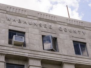 Wabaunsee-County-Courthouse-01006W.jpg